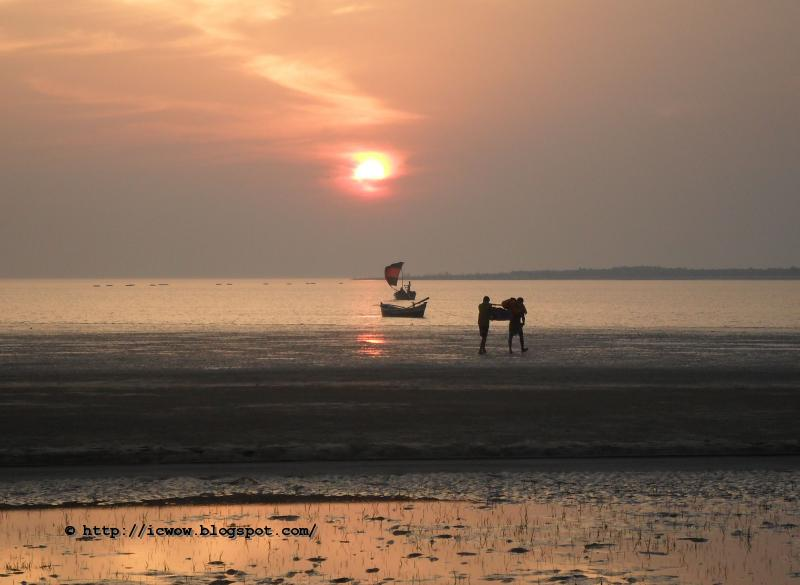 Sun set nijhum Dwip