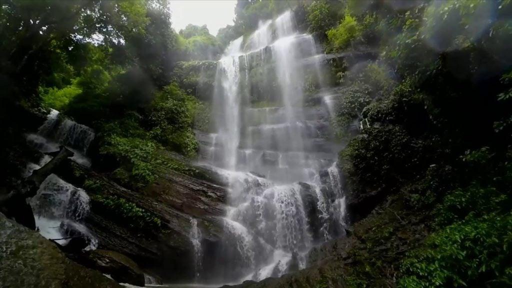 Muppochora Waterfall