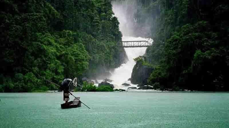 Pantumai Waterfall