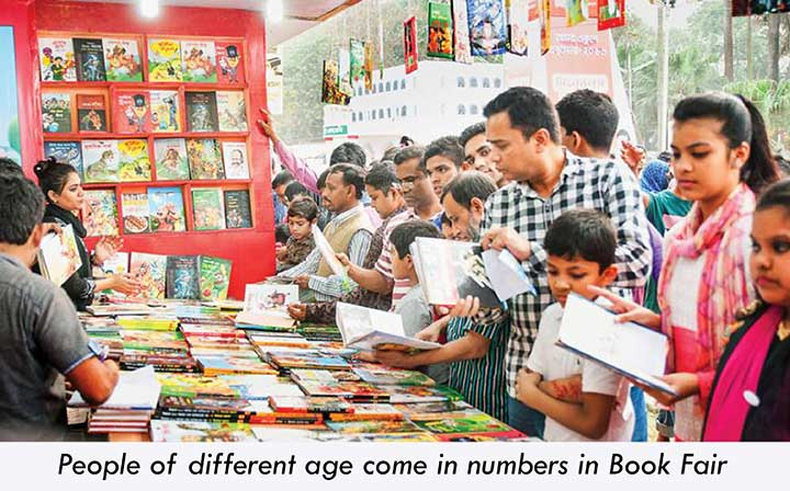 People gathered in Book Fair