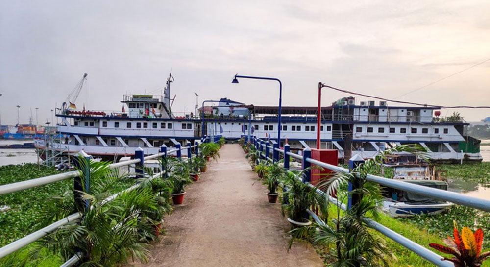 Mary Anderson Floating Restaurant And Bar Narayanganj