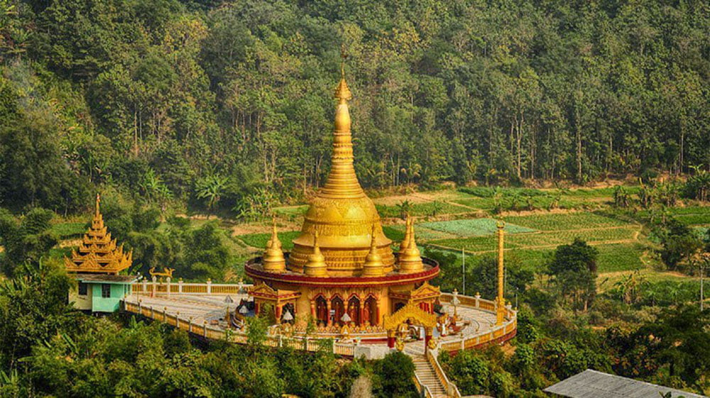 Buddha Dhatu Jadi Golden Temple